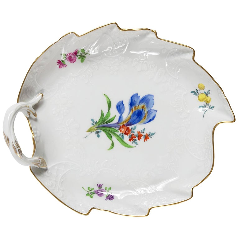 Meissen Porcelain Leaf Form Plate with Handle For Sale