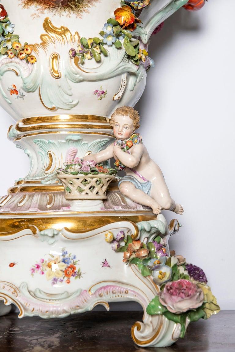 Meissen porcelain pot-pourri vase, Germany, 19th century.
