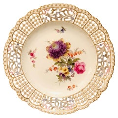 Meissen Reticulated Cabinet Plate with Flower Bouquet and Raised Forget Me Nots