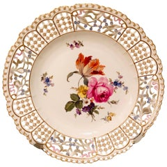 Meissen Reticulated Plate Painted with Flower Bouquet and Raised Forget Me Nots