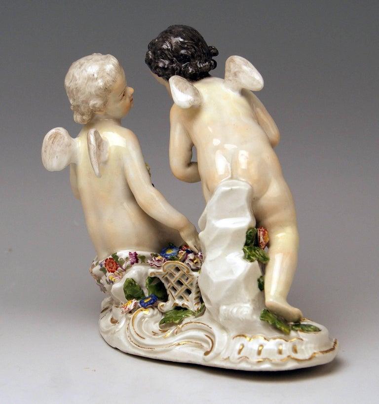German Meissen Rococo Cherubs Cupids Figurines with Flowers Model 2372 Kaendler 1755-60 For Sale
