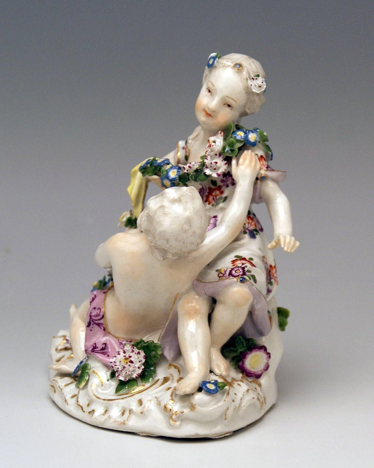 German Meissen Rococo Cupids Pair Flora and Zephyr Model 2576 by Kaendler, circa 1760 For Sale