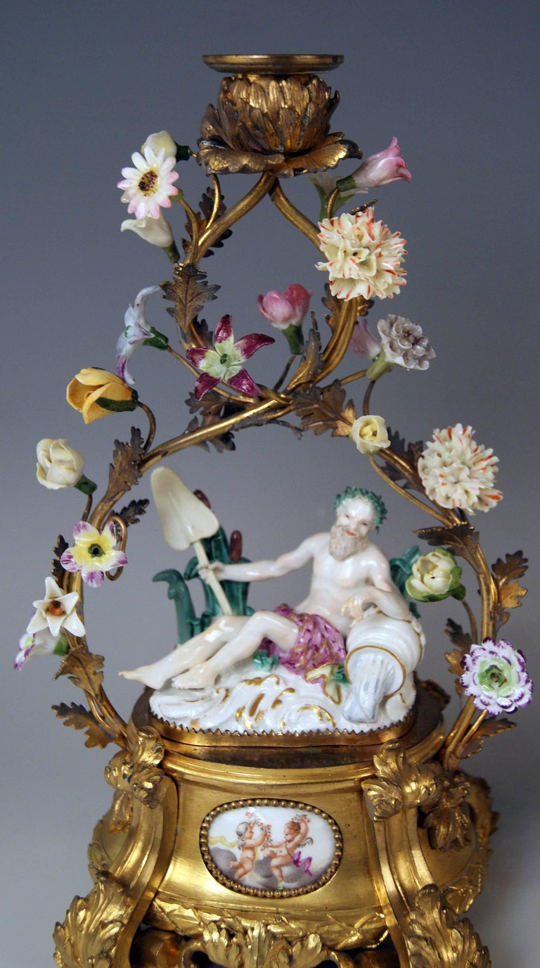 Meissen Ormolu Set Mantel Table Clock Two Candlesticks Porcelain Kaendler, 1770 For Sale 8