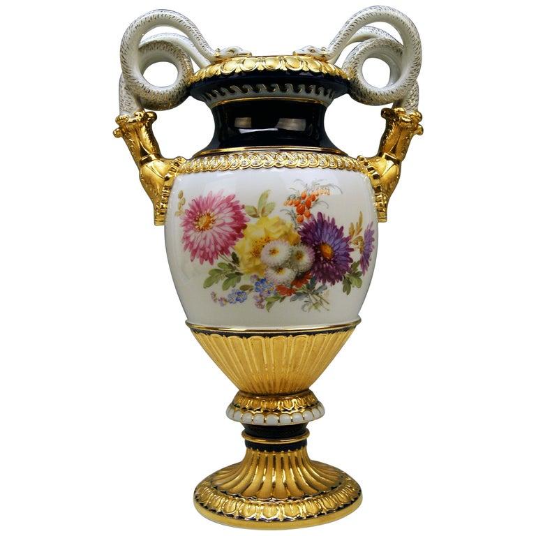 Meissen Snake Handles Vase Dahlia Flowers Leuteritz E 116 Height 39cm by ca.1870