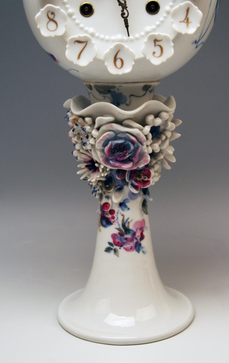 20th Century Meissen Table Clock Modern Model 60886 Painted Flower, Peter Strang, circa 1981 For Sale