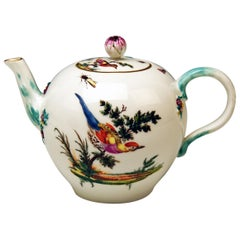 Meissen Tea Pot Rococo Period Birds Paintings Höroldt Era, 1763-1774