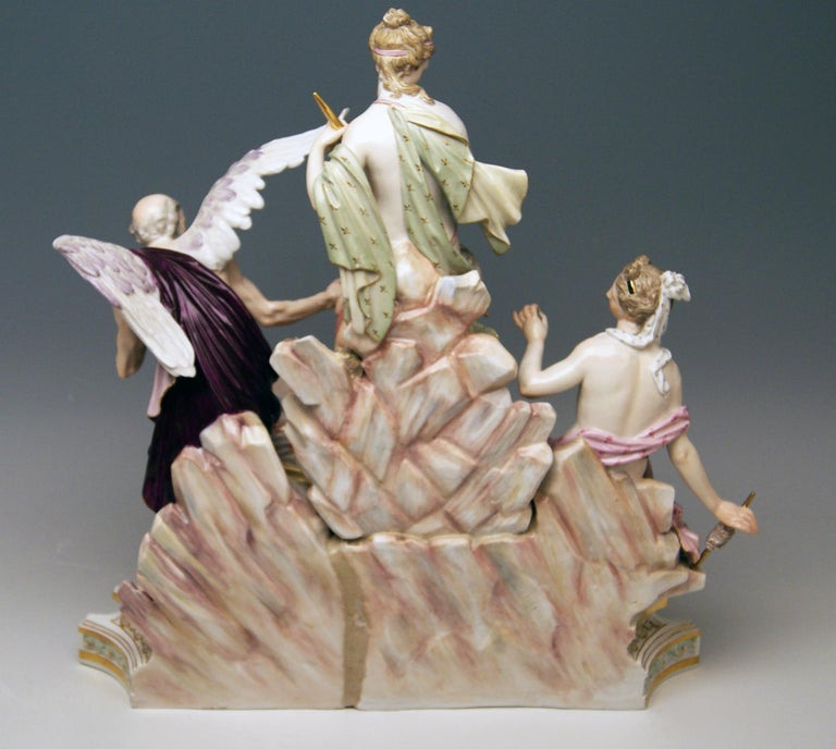 Meissen Three Fates for Czarina Katharina the Great Model 33 Kaendler circa 1880 In Good Condition For Sale In Vienna, AT