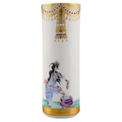Meissen Vase in Porcelain with Motifs from One Thousand and One Night