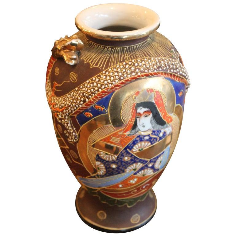 Mejii Early 20th Century Satsuma Vase For Sale