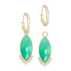 Mekong Med Chrysoprase 18 Karat Gold Earrings