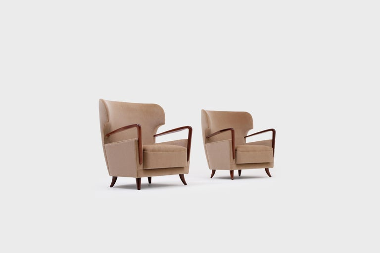 Mid-Century Modern Melchiorre Bega Wingback Armchairs, Italy, 1950s For Sale