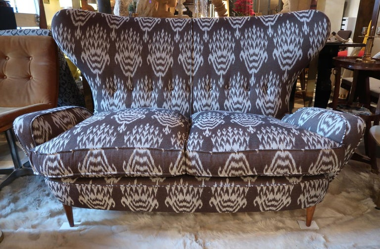 Italian Melchiorre Bega Wood Legs and Brown and White Wool Midcentury Sofa, Italy, 1950 For Sale
