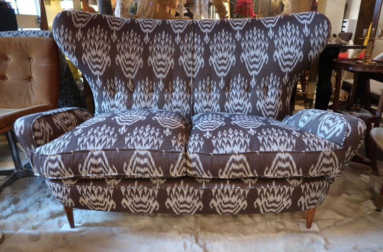 Linen Melchiorre Bega Wood Legs and Brown and White Wool Midcentury Sofa, Italy, 1950 For Sale