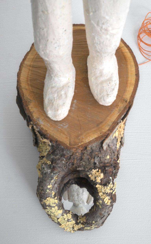 Melissa Stern, Gaze, clay, wood, glass, string, 2018 - Feminist Sculpture by Melissa Stern