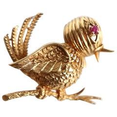 Mellerio Bird Brooch in 18 Karat Yellow Gold and Ruby