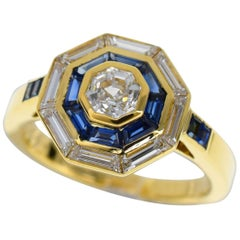 Mellerio dits Meller 18 Karat Yellow Gold Diamond Sapphire Ring