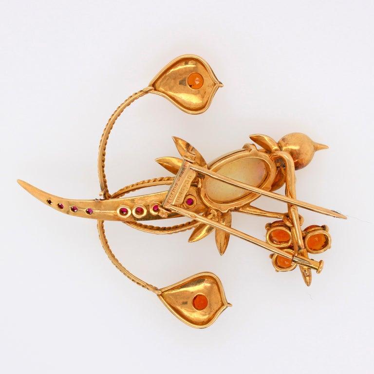Retro Mellerio dits Meller Hummingbird Brooch, circa 1960s For Sale