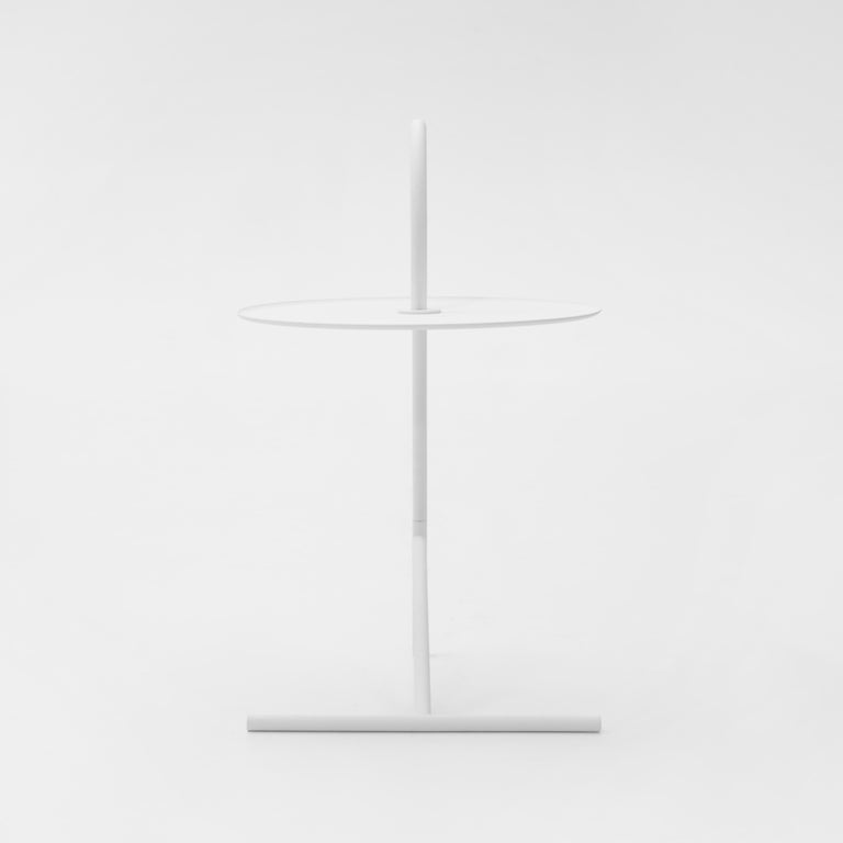 Modern MELT, minimalistic white steel side coffee TABLE by oitoproducts For Sale