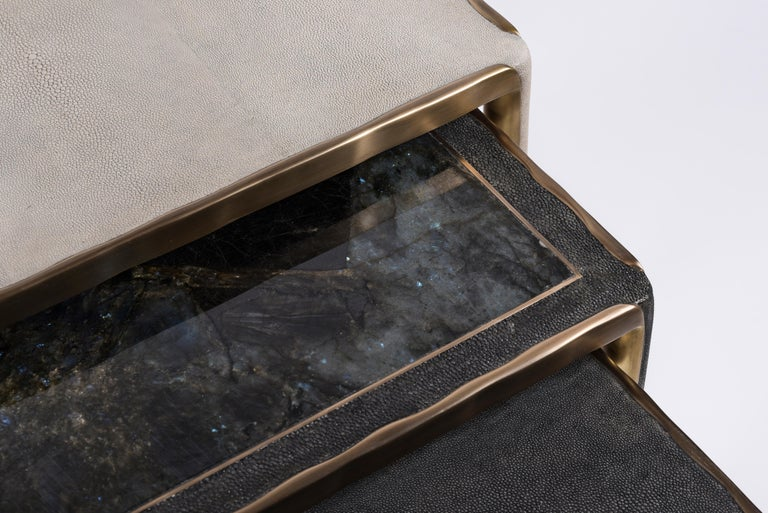 Melting Nesting Side Table Set of 3 in Shagreen Lemurian & Brass by R&Y Augousti For Sale 11
