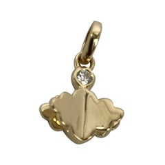 Memento All Gold, Single Diamond on Top Cloud with Pages Charm Pendant