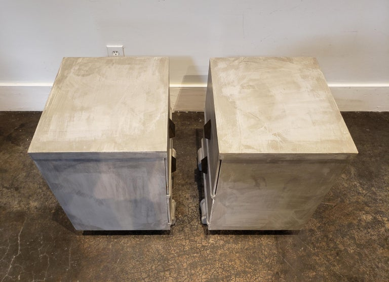 Memphis Group Style Faux Concrete Nightstands with Brass Pulls In Good Condition For Sale In Dallas, TX