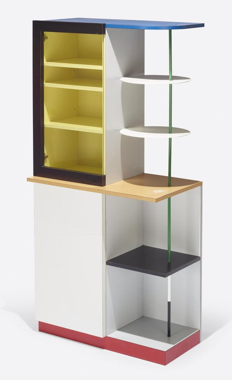 Memphis Milano Airport Cabinet by Gerard Taylor 1982, De Stijl, Red Yellow Blue In Good Condition For Sale In Brooklyn, NY