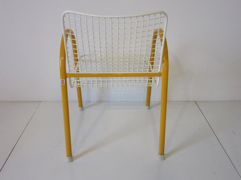Memphis Styled Italian Stacking Wire Dining Chairs by EMU In Good Condition For Sale In Cincinnati, OH