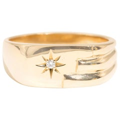 Mens 18 Carat Yellow Gold Mens Vintage Signet Ring with Round Brilliant Diamond