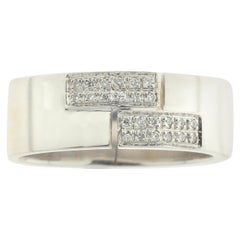 Men's 18 Karat White Gold Ring with Pavê-Set White Diamonds