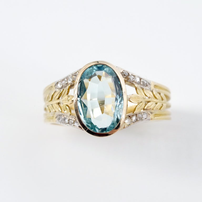 Art Nouveau Aquamarine Ring from France, circa 1910 For Sale