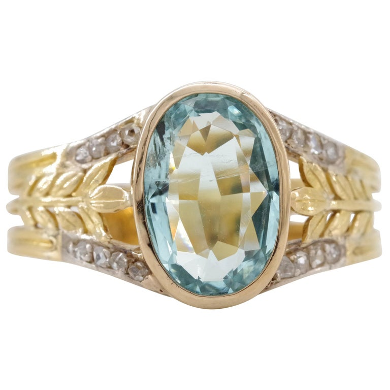 Aquamarine Ring from France, circa 1910 For Sale