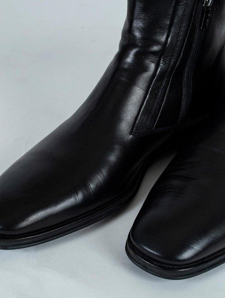 Black Men's Bruno Magli Raspino Leather Chelsea Boot, 21st Century For Sale
