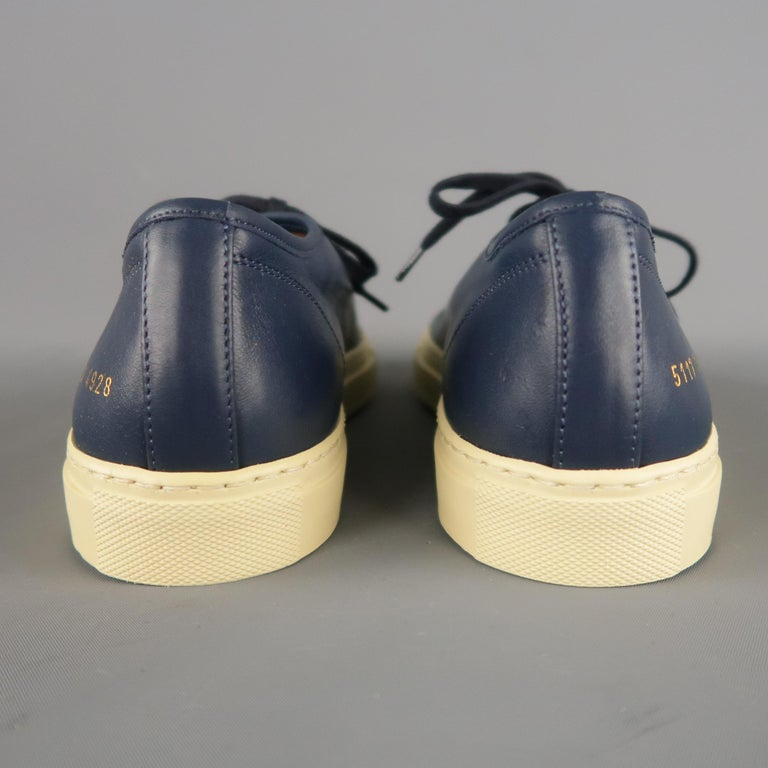 Men's COMMON PROJECTS Achilles Size 6 Navy Leather Sneakers For Sale 2