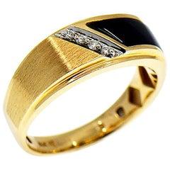 Men's Diamond and Black Onyx Band Ring, 14 Karat Yellow Gold