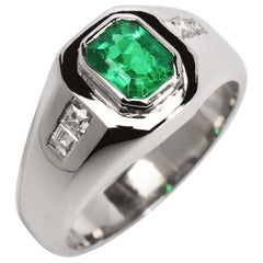 Men's Emerald Ring with Diamonds in Platinum