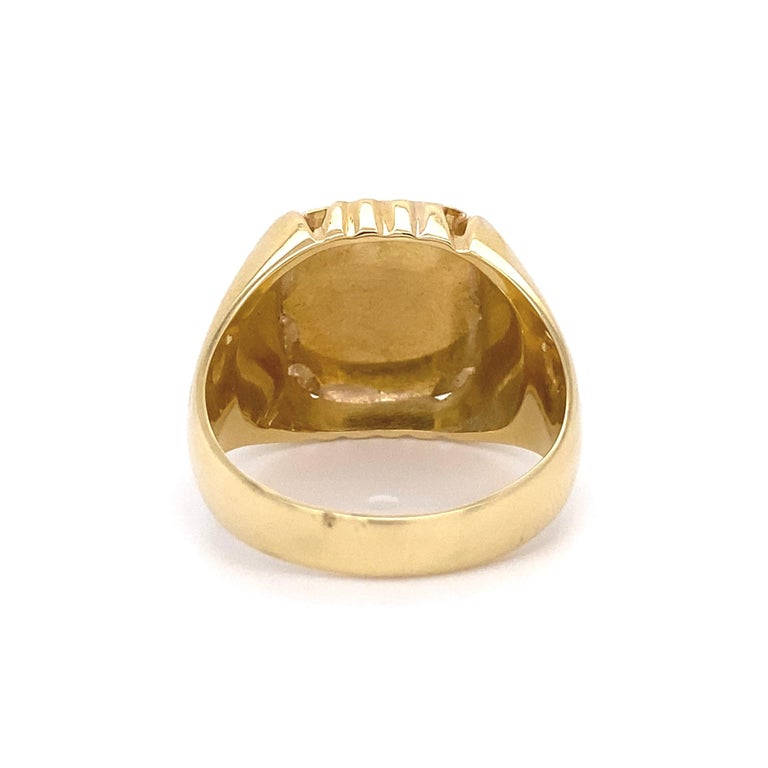 Women's Men's Fine Engraved Griffin Crest 585 Gold Signet Ring Estate Fine Jewelry For Sale
