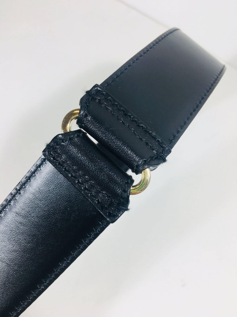 Mens Gucci Belt In Excellent Condition For Sale In Southampton, NY