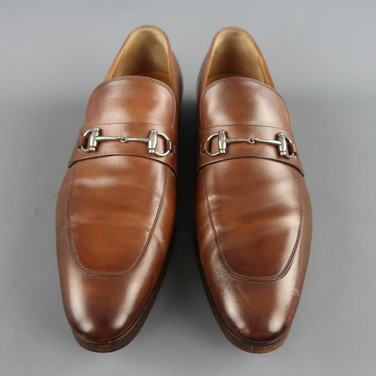 70935b80fe7 Men s GUCCI Size 11 Tan Antique Leather Silver Horsebit Pointed Toe Loafers  For Sale 1
