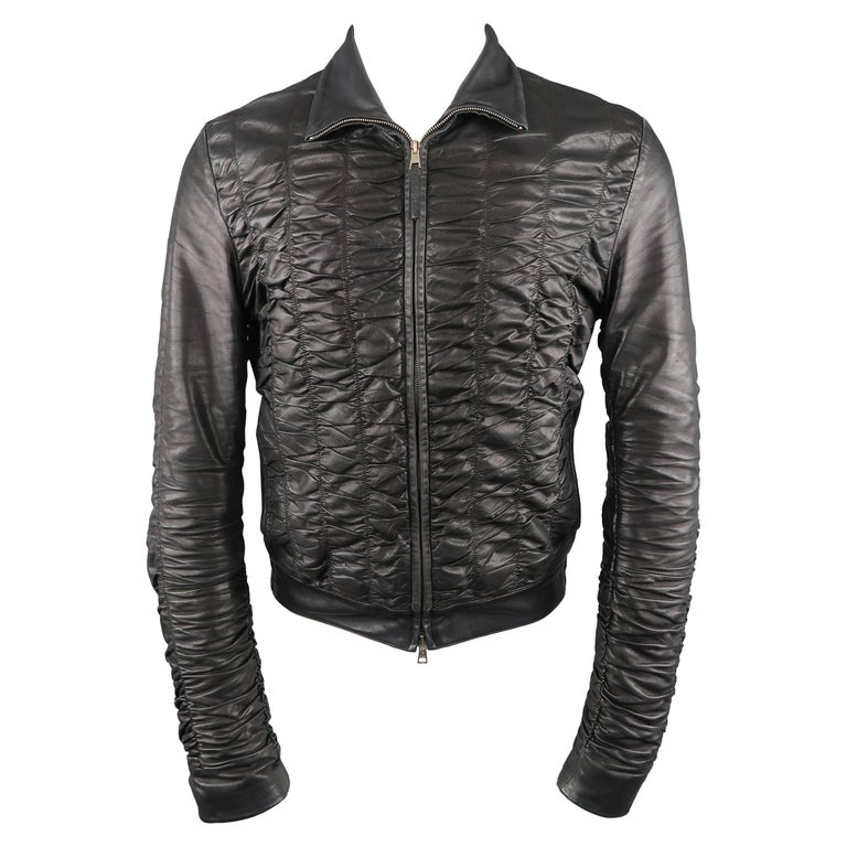 7edb8520f56 Men s GUCCI SS 2000 by TOM FORD 36 Black Ruched Leather Bomber Motorcycle  Jacket For Sale