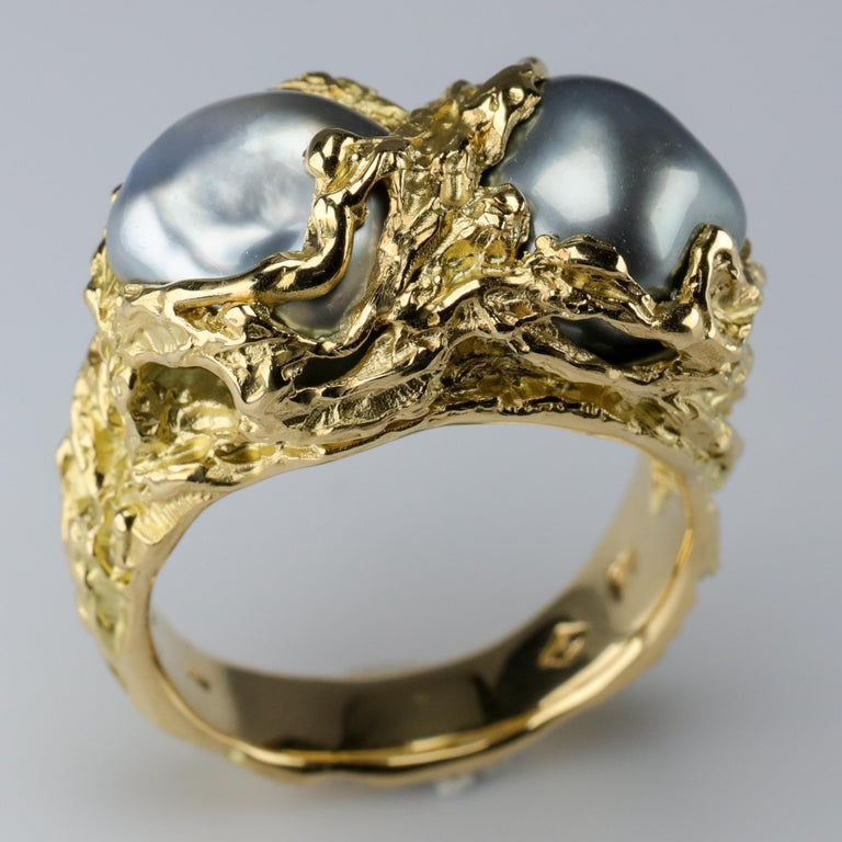 Men's Pearl Ring in Gold with Diamonds In New Condition For Sale In Southbury, CT