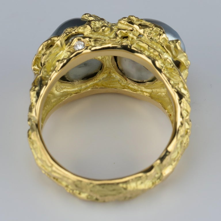 Men's Pearl Ring in Gold with Diamonds For Sale 2