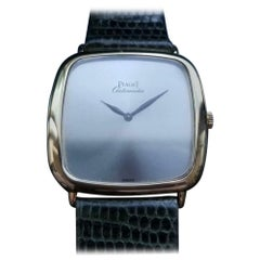 Men's Piaget 18 Karat Solid Gold Automatic Dress Watch Swiss Vintage LV862GRY