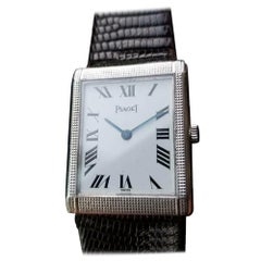 Men's Piaget 18k White Gold Midsize Hand-Wind Dress Watch c.1970s Swiss LV624BRN