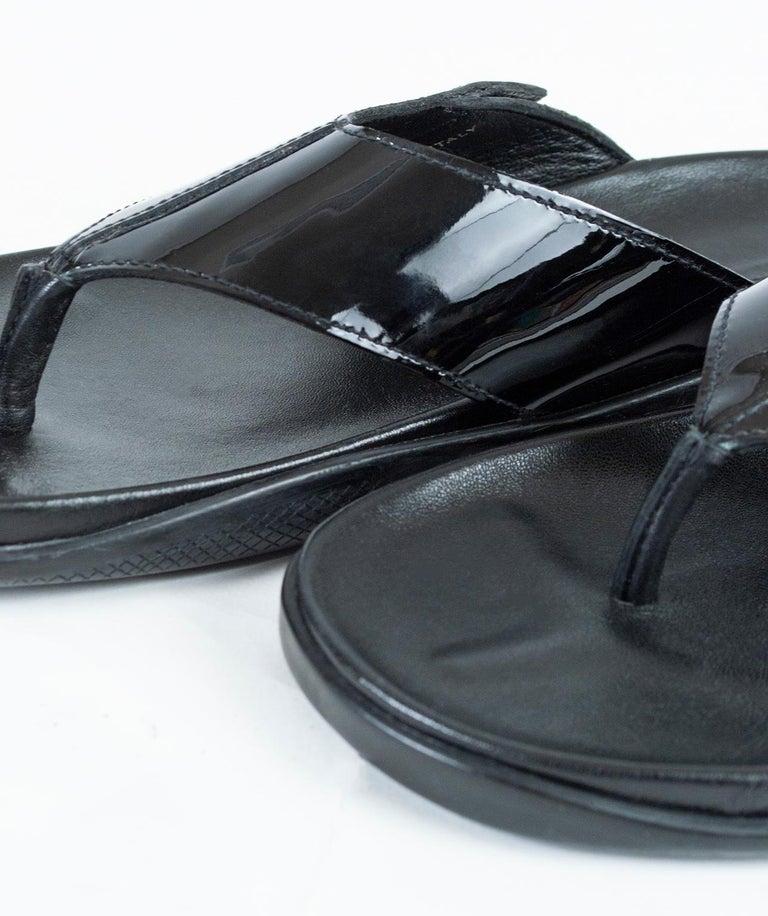 Men's Prada Black Patent Leather Flip Flop Thong Sandals - 21st Century, US 11 For Sale 3