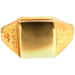 Men's Square Deck Signet Ring 14 Karat Hungary