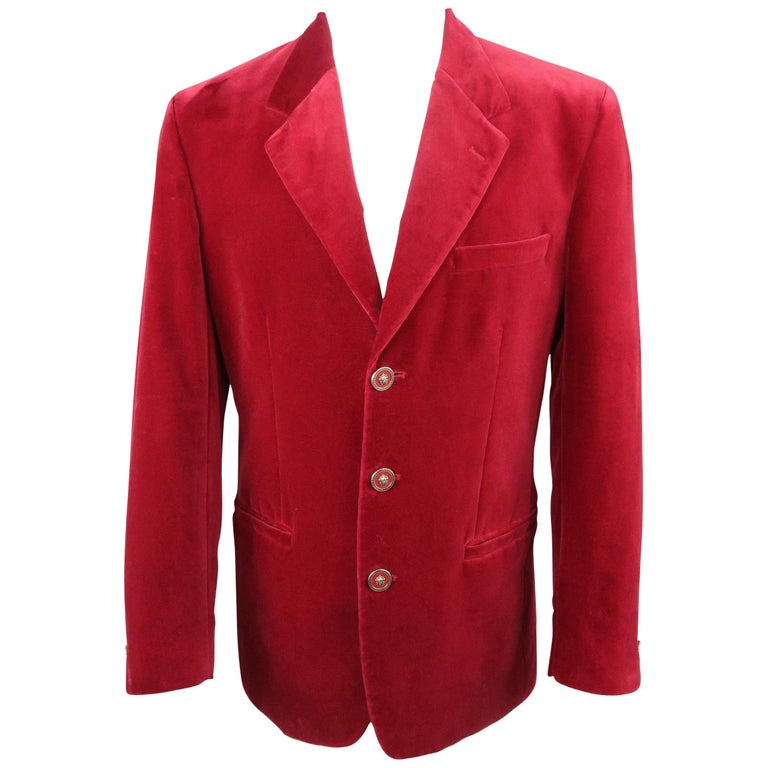 32c6d6c564 Men s VERSUS by GIANNI VERSACE 38 Red Velvet Lion Button Sport Coat For  Sale at 1stdibs