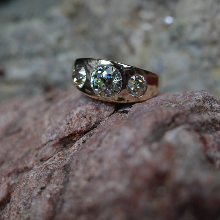 Men's 3 Carat Diamond Ring from Victorian Era Is Fusion of Fire And Class For Sale 10