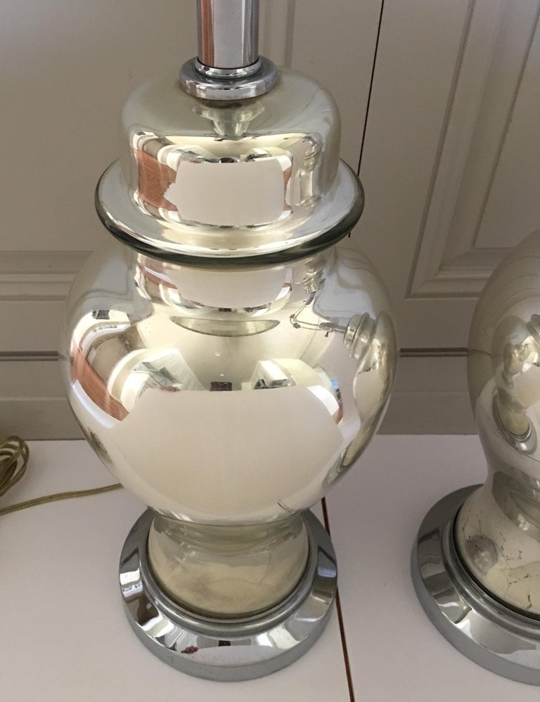 Mercury Glass Ginger Jar Table Lamps, Pair In Good Condition For Sale In Lambertville, NJ