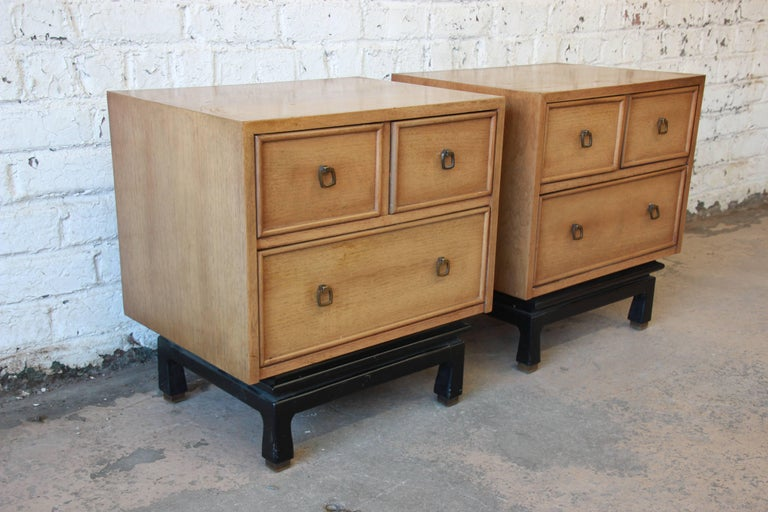 Mid-20th Century Merton Gershun for American of Martinsville Mid-Century Modern Nightstands, Pair For Sale