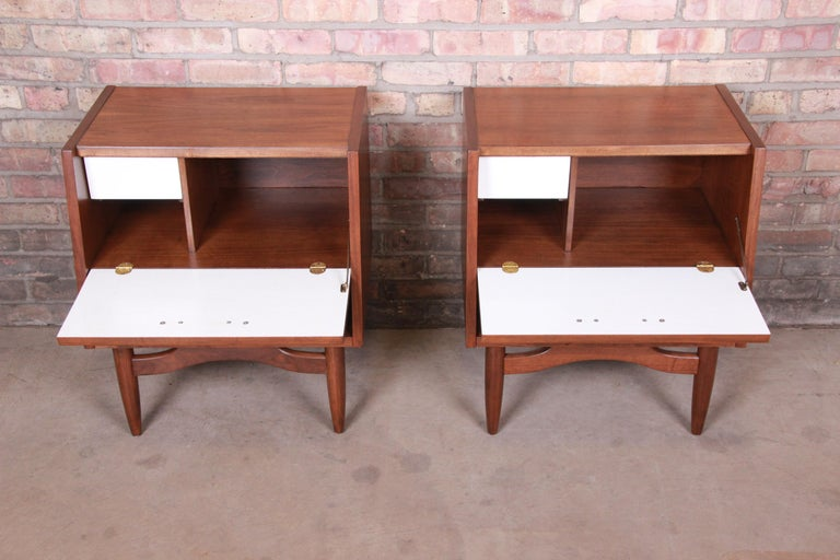 Merton Gershun for American of Martinsville Walnut Nightstands, Newly Restored For Sale 5